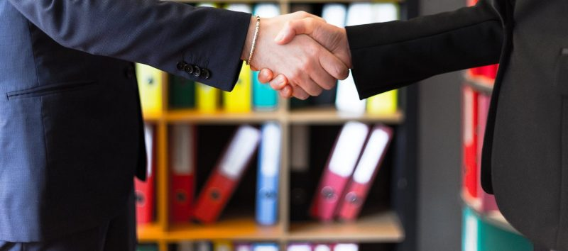 L'échanges de données sous fichier normé (FABDIS, ETIM, EDONI) représente un réel avantage pour les relations commerciales entre distributeurs et fournisseurs.